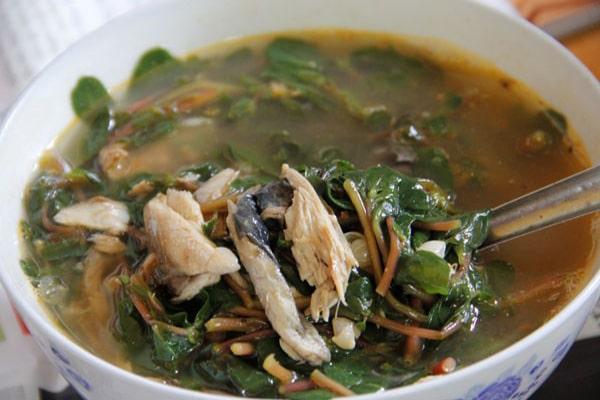 Món canh cá nướng rau sam