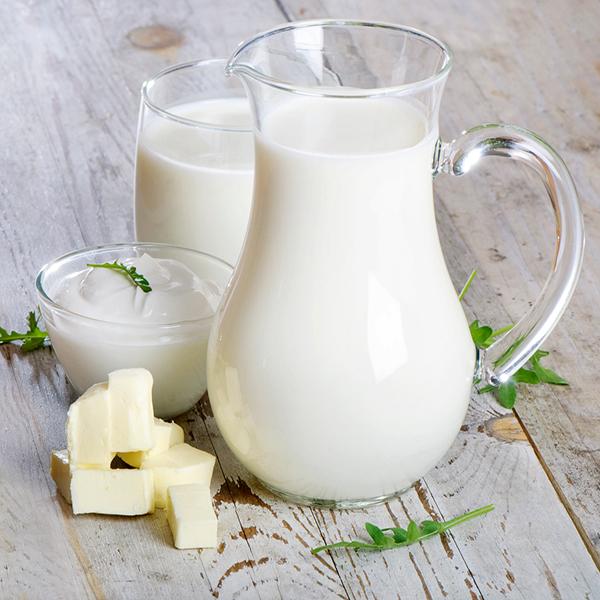 Đắp mặt nạ bằng sữa tươi