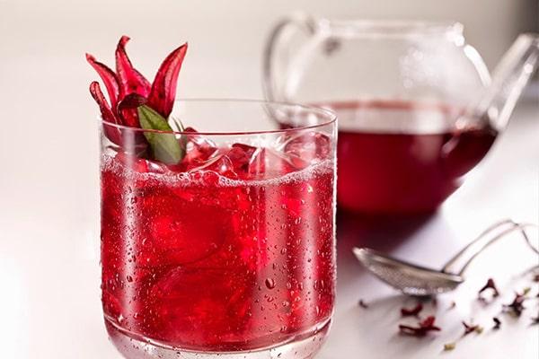 Hoa atiso đỏ ngâm với đường