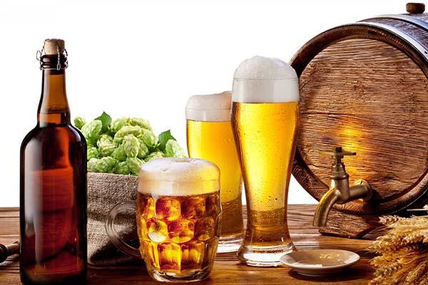 Người bị bệnh gout không nên uống gì