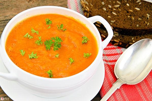 Món súp bí đỏ cực ngon ở nhà hàng nước ngoài