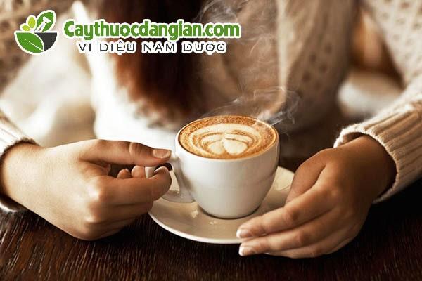 Uống cà phê có làm ngưng kinh nguyệt không