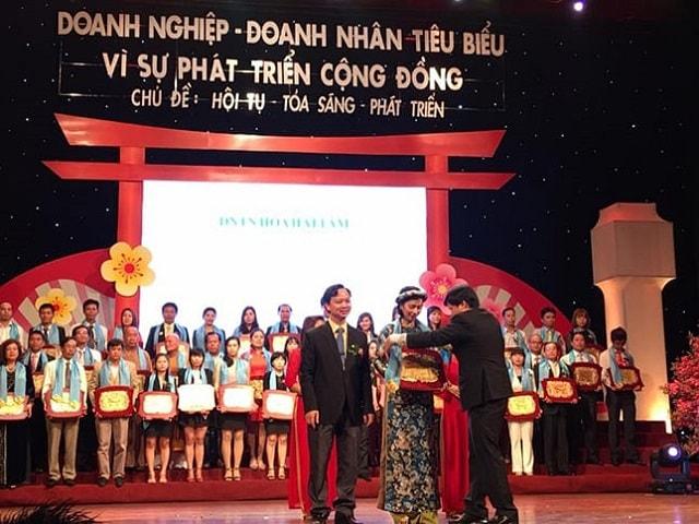 Lễ trao giải Doanh nghiệp doanh nhân tiêu biểu phát triển vì cộng đồng