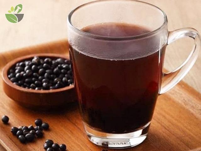 Uống đậu đen rang trị mụn